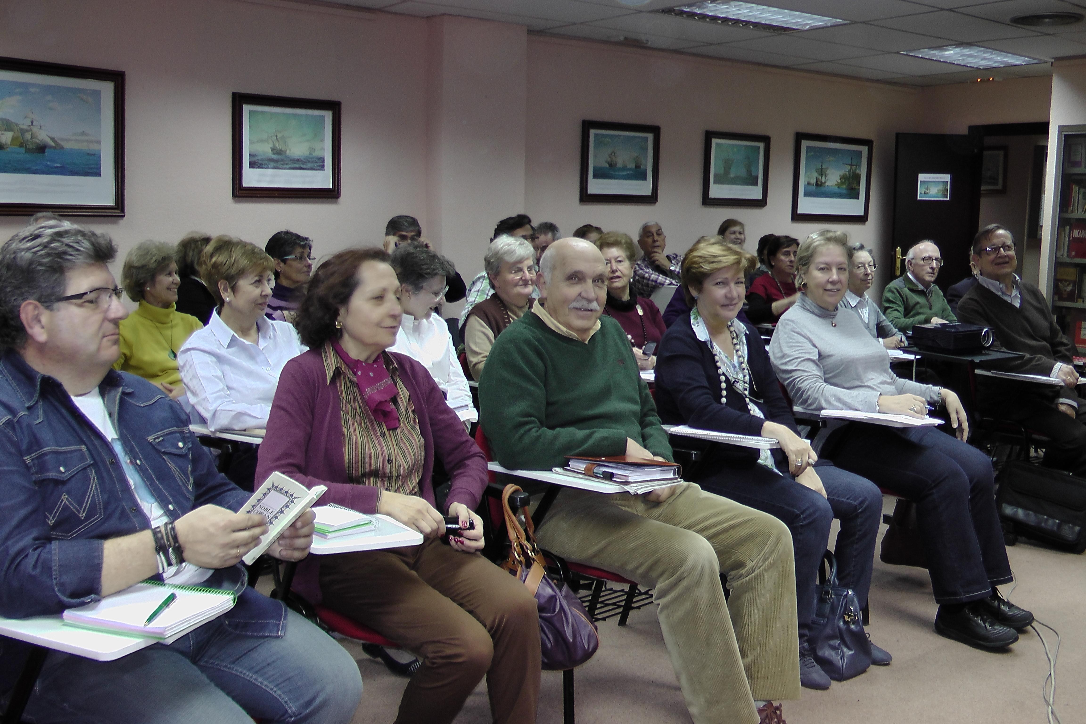 Disfrutar del conocimiento y de la convivencia en la Universidad de los mayores